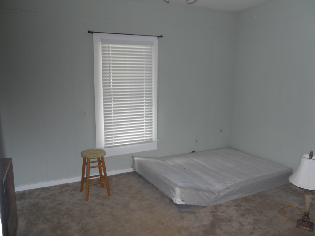 900 N 11th St Property Photo 5