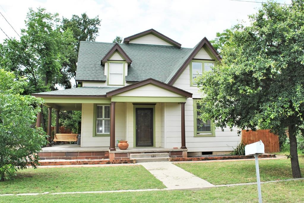 621 Ave J Property Photo 1