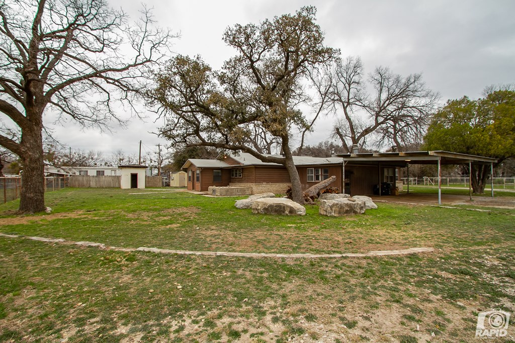 20686 S Hwy 277 Property Photo 10