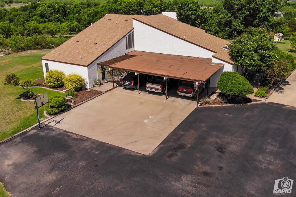 11046 Twin Lakes Lane Property Photo 2