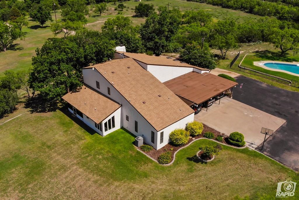 11046 Twin Lakes Lane Property Photo 6