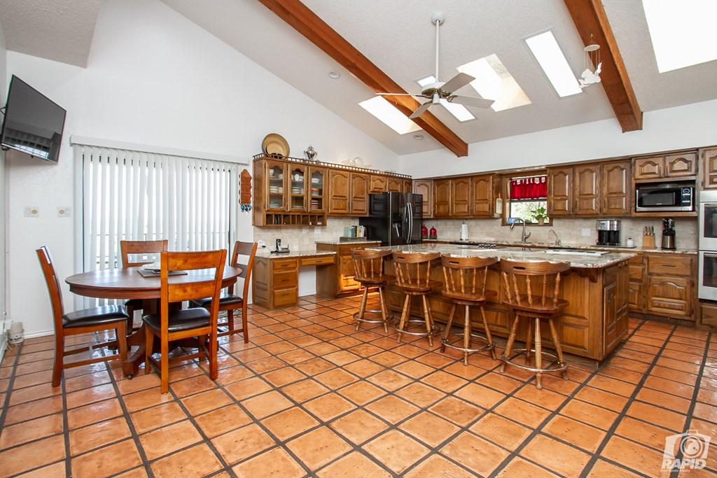 11046 Twin Lakes Lane Property Photo 14