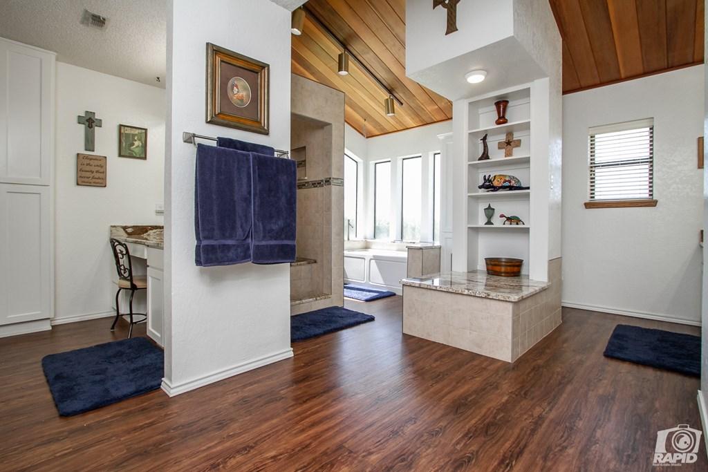 11046 Twin Lakes Lane Property Photo 21