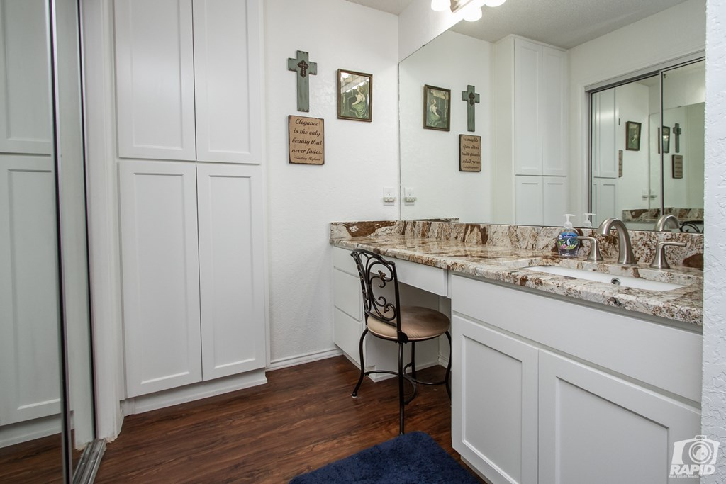 11046 Twin Lakes Lane Property Photo 22