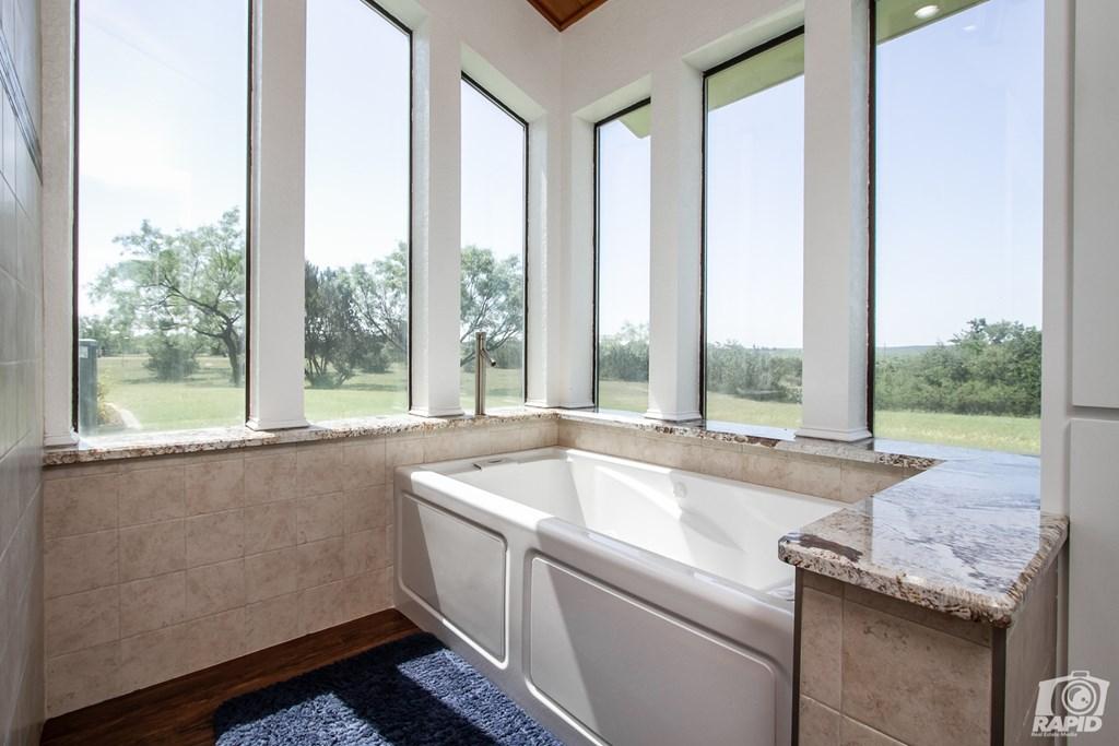 11046 Twin Lakes Lane Property Photo 25