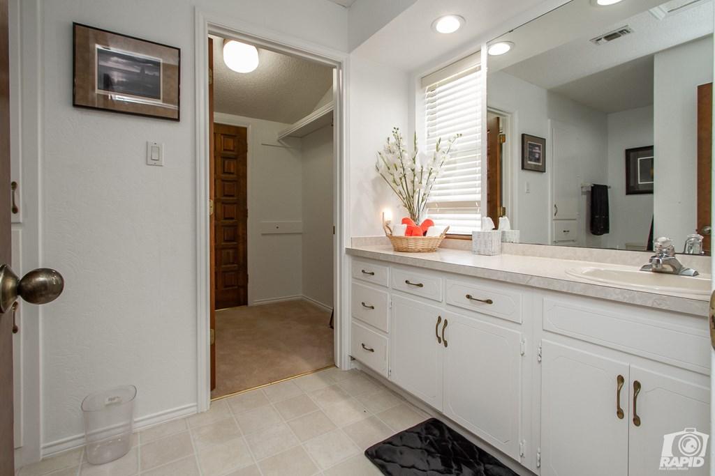11046 Twin Lakes Lane Property Photo 33