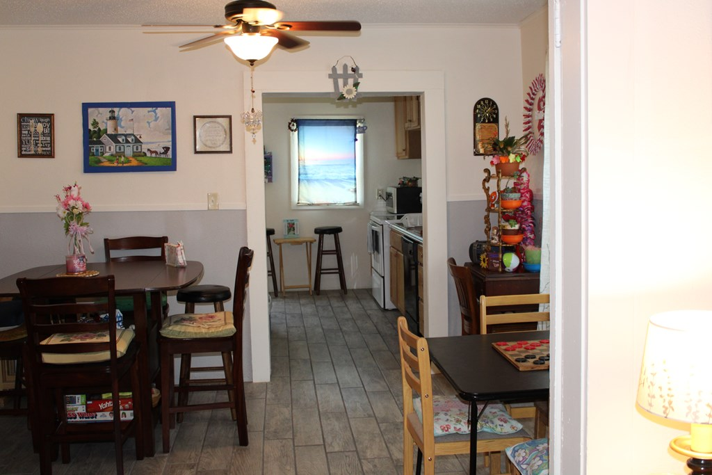 1205 8th St Property Photo 18