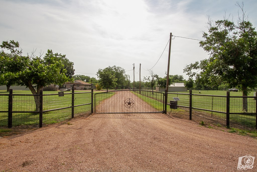 13658 S Dove Creek Rd Property Photo 5