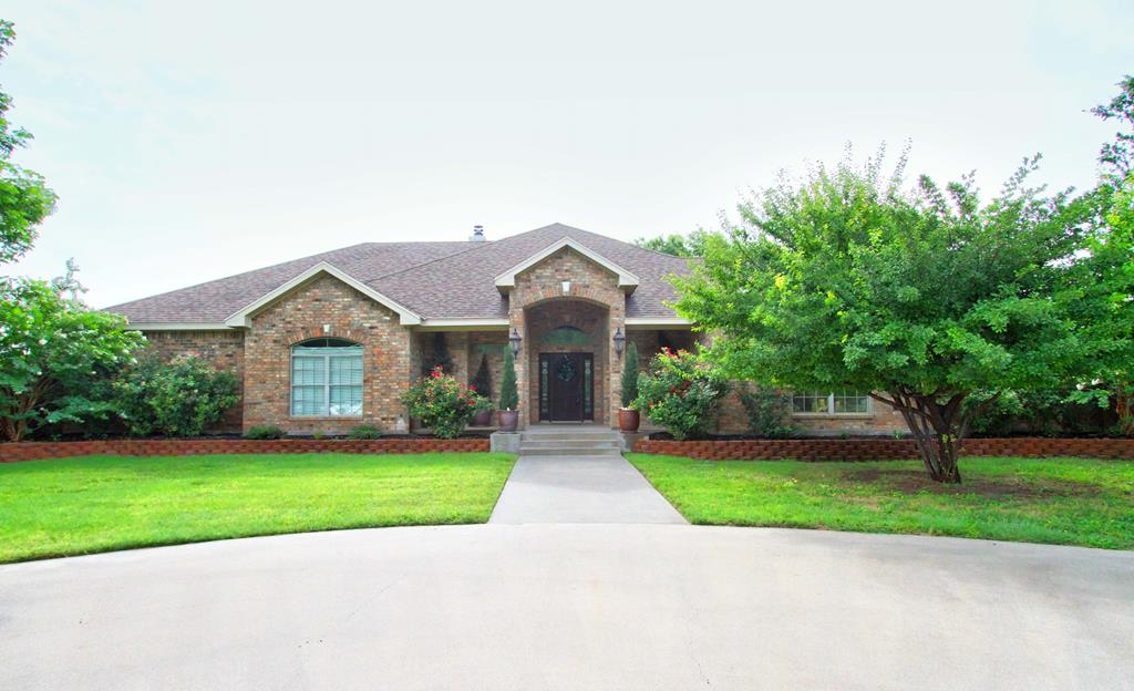 2035 Country Club Est Circle Property Photo 1