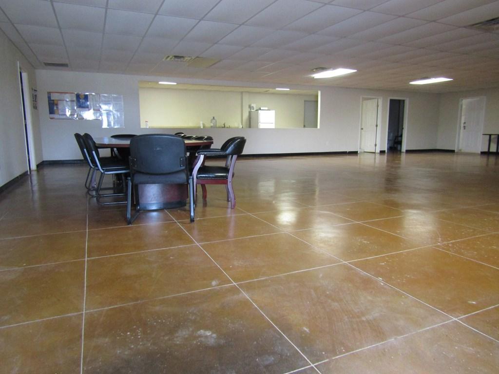 589 Ranch Rd 864 Property Photo