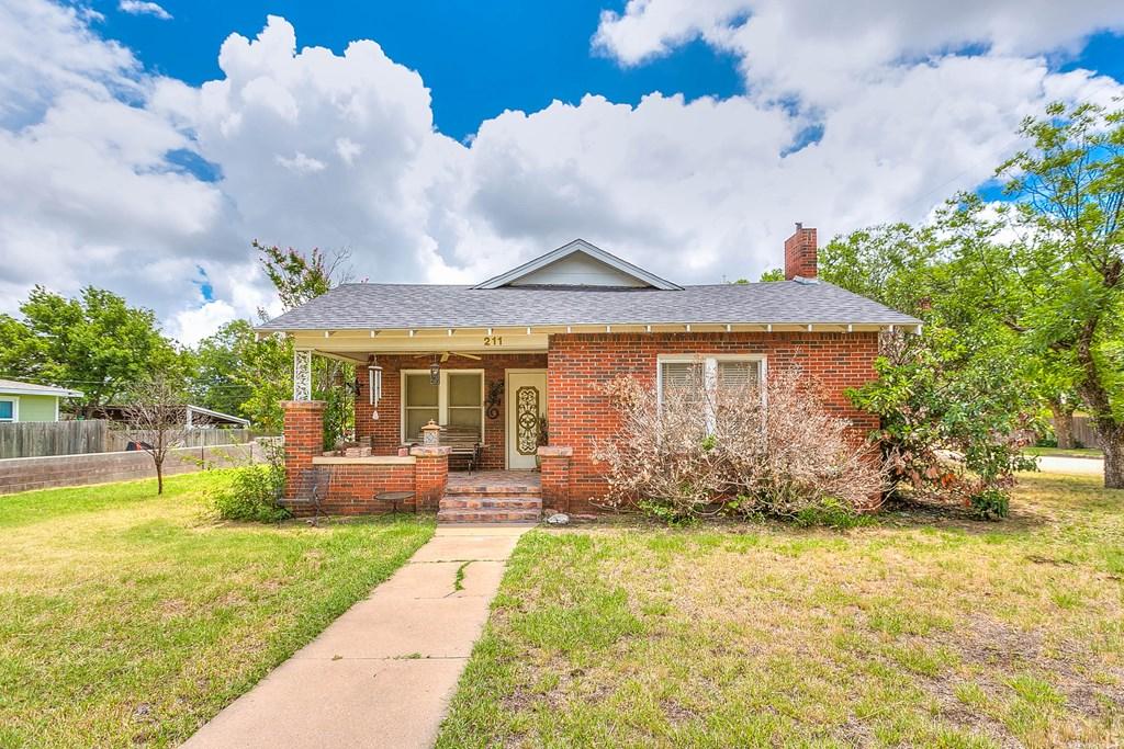 211 Largent Ave Property Photo 1