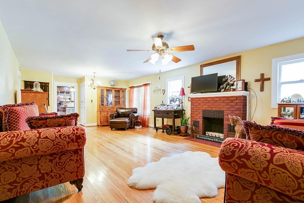 211 Largent Ave Property Photo 7
