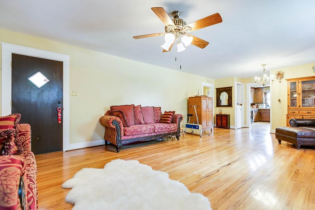 211 Largent Ave Property Photo 9
