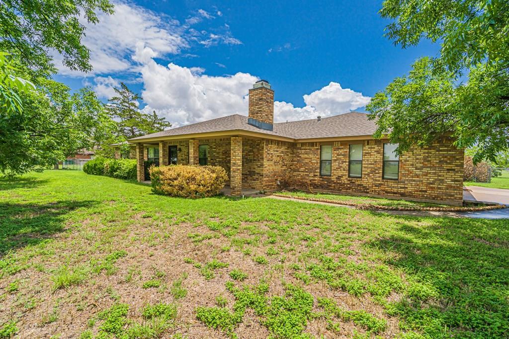 1037 Blumentritt Rd Property Photo 1