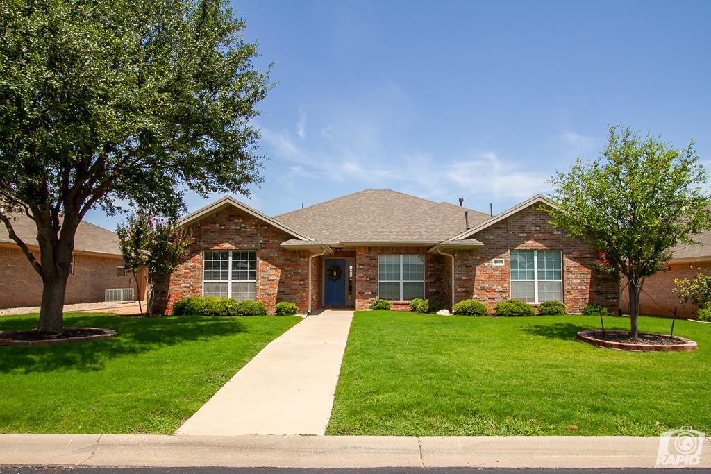 4917 Royal Oak Dr Property Photo 1
