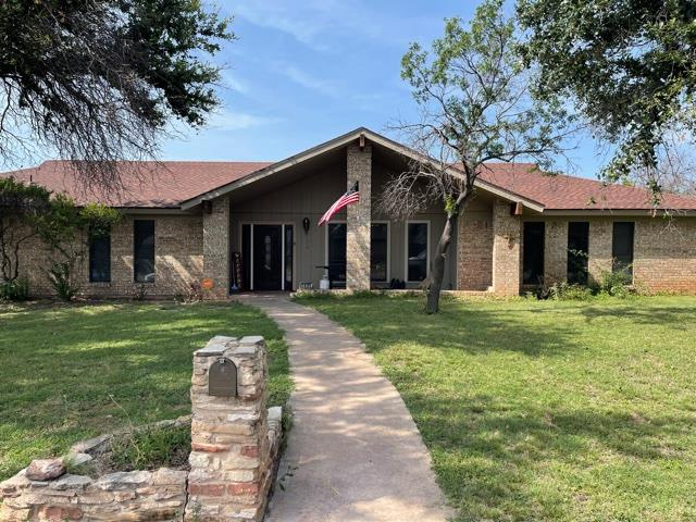 3801 Lake Ridge Dr Property Photo 1
