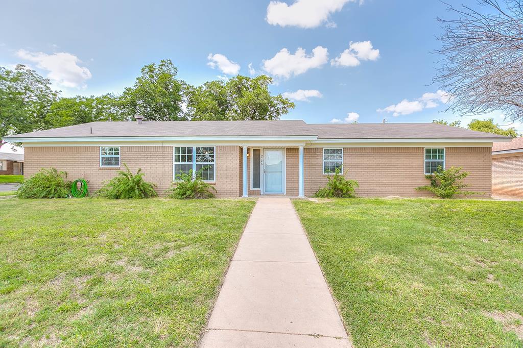 2746 Erline Dr Property Photo 1