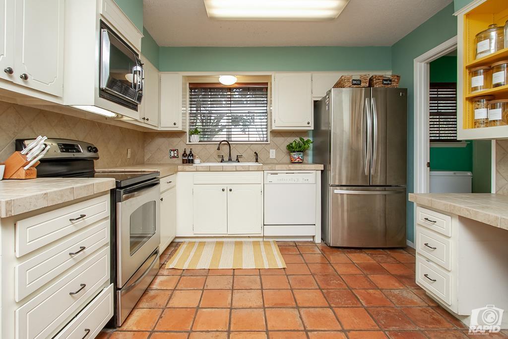 3226 Southland Blvd Property Photo 13