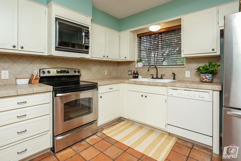 3226 Southland Blvd Property Photo 14