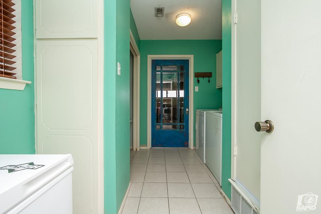 3226 Southland Blvd Property Photo 15