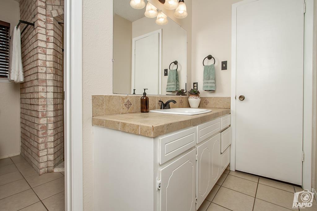 3226 Southland Blvd Property Photo 18