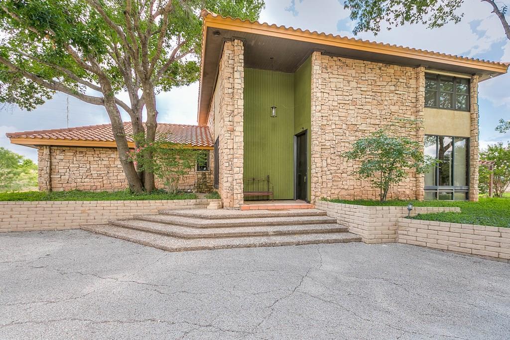 5823 Pecan Valley Lane Property Photo 1