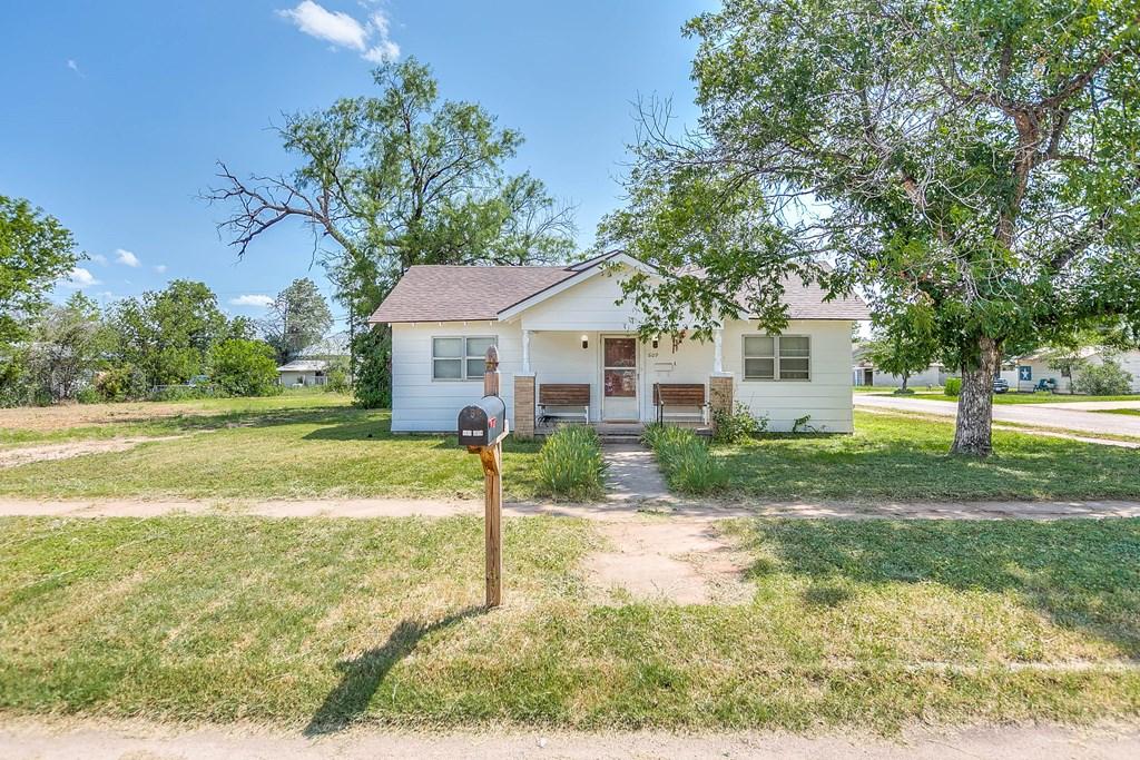 609 N 10th St Property Photo 24