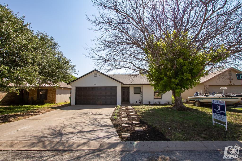 1818 La Mesa Lane Property Photo 1