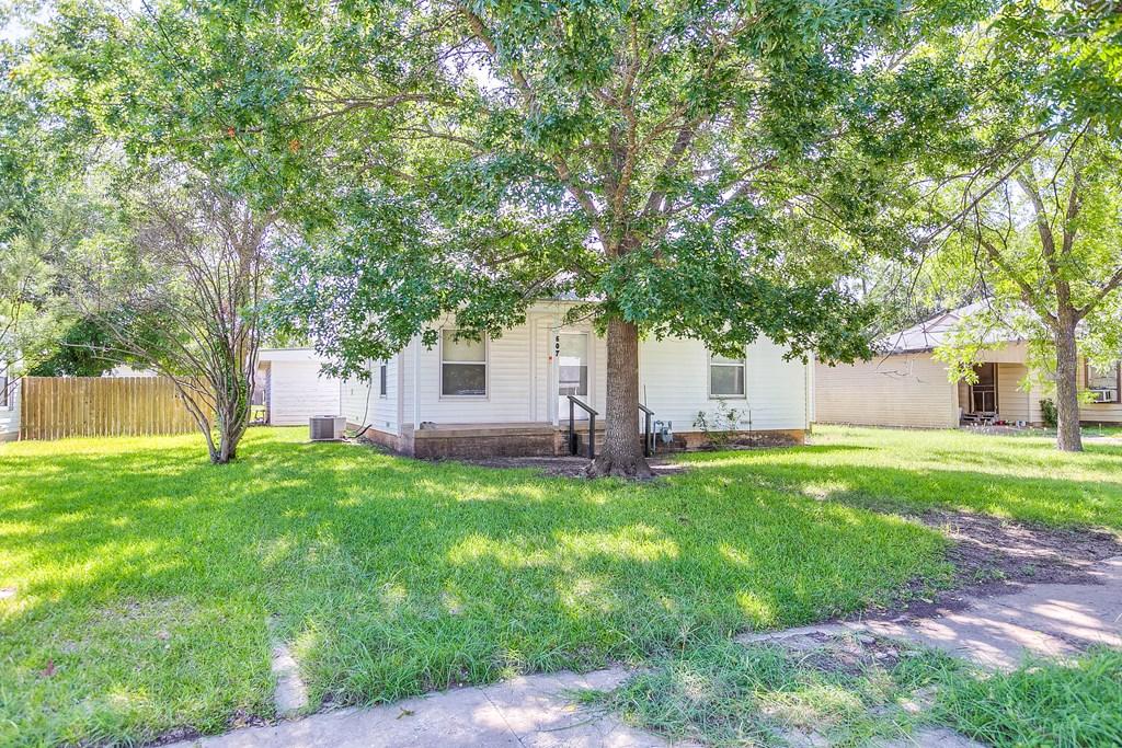 607 Poplar Property Photo 1