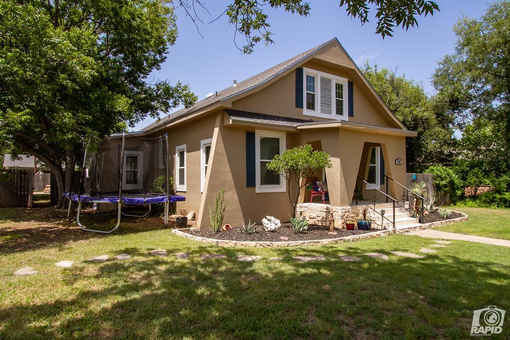 223 S Jefferson St Property Photo 1