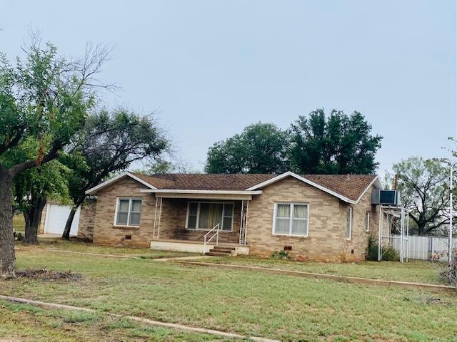 102 W 17th St Property Photo 1