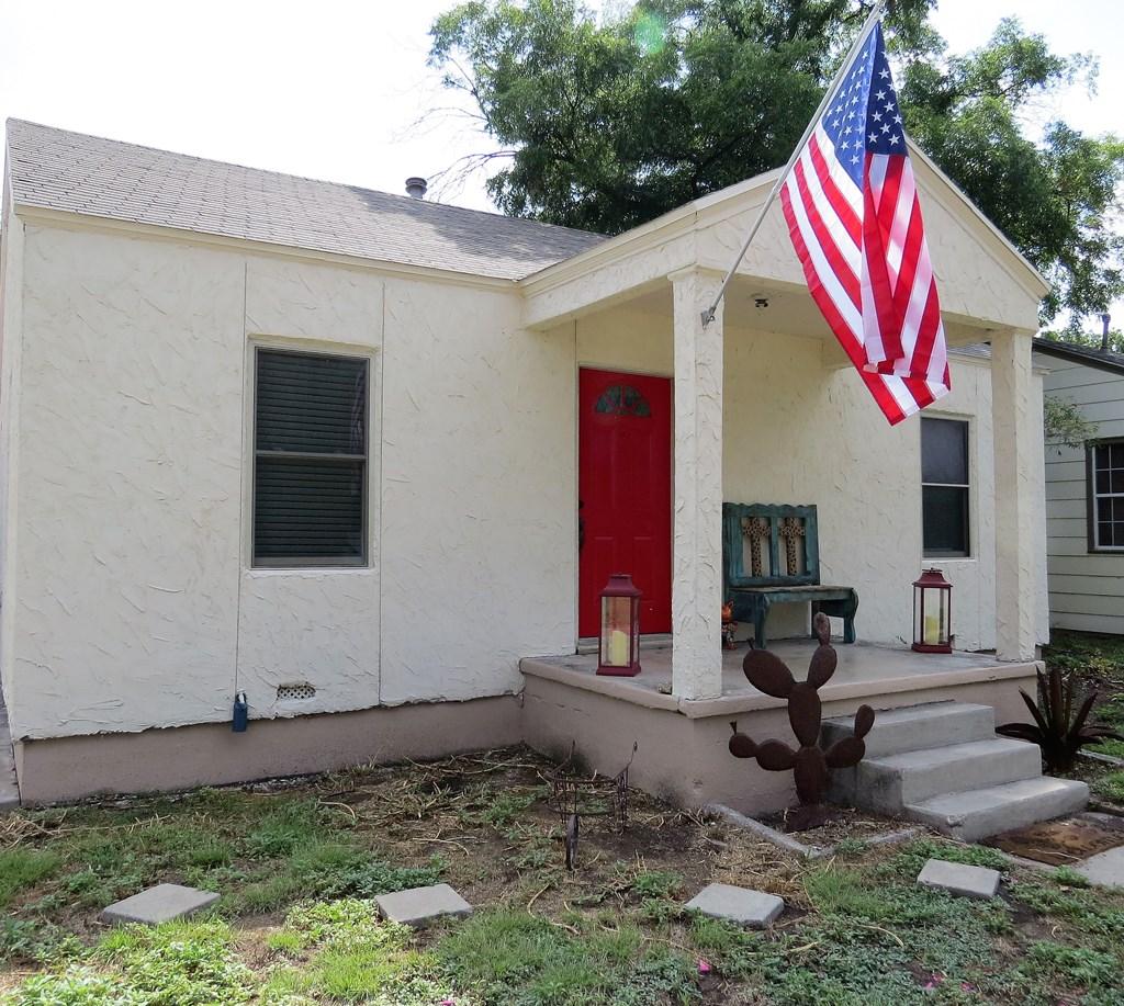1107 Glasscock Ave Property Photo 2