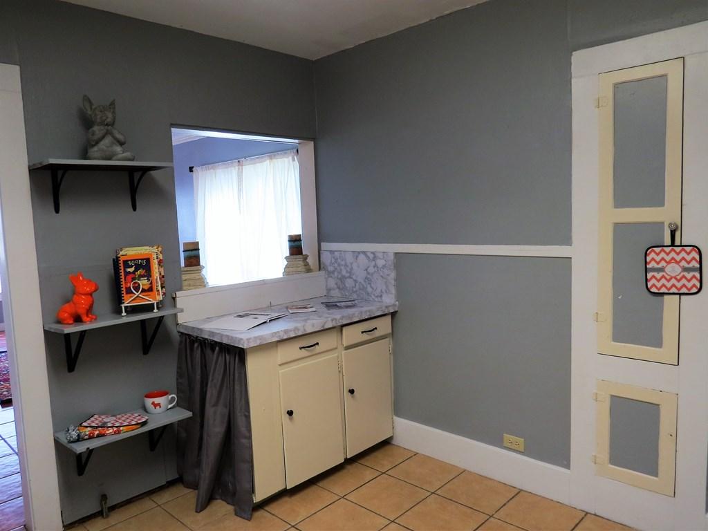 1107 Glasscock Ave Property Photo 5