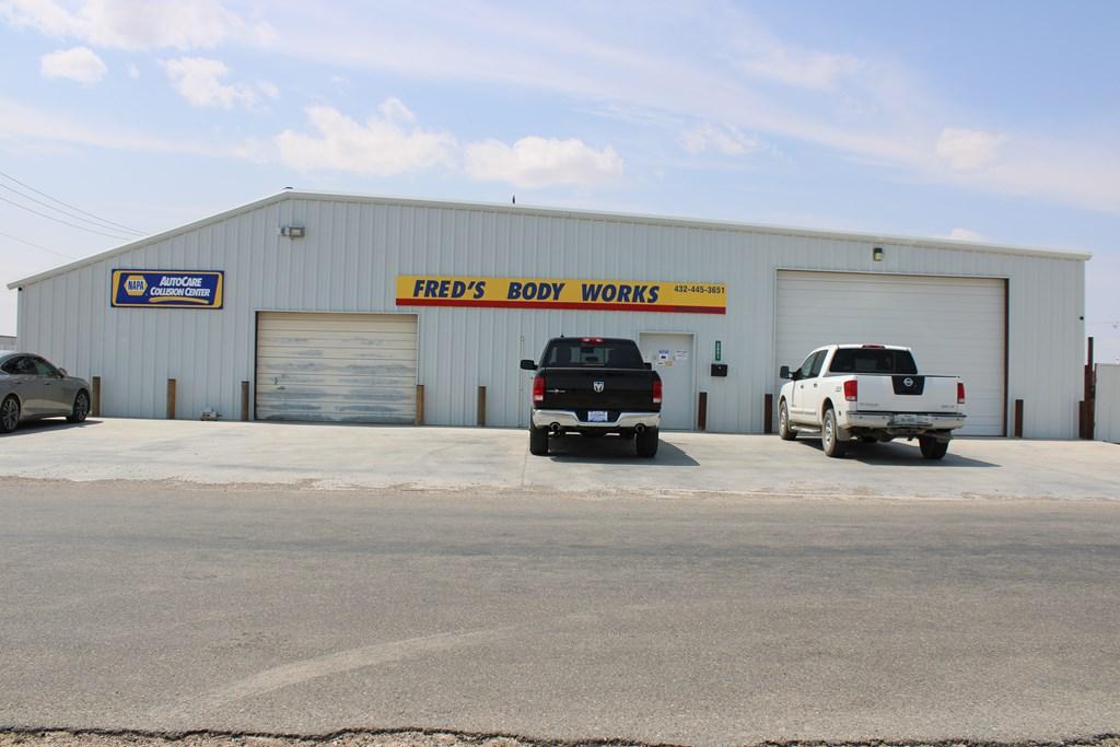 2601 W F St Property Photo
