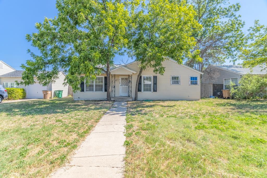 915 W Ave M Property Photo 1