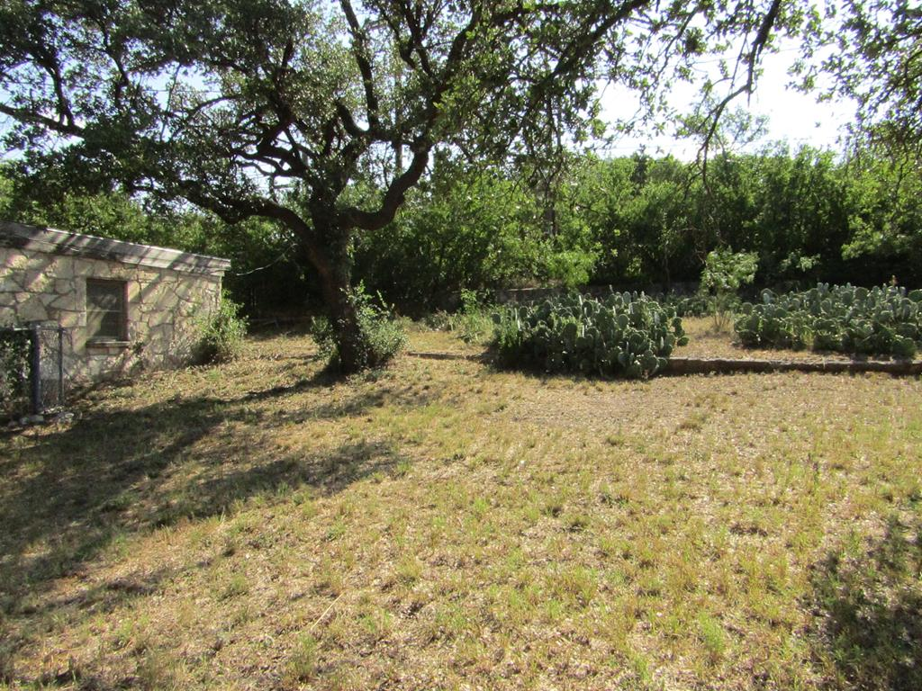 1101 S Concho Ave Property Photo 16