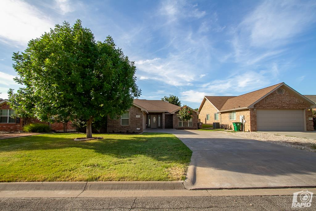 4610 Oak Grove Blvd Property Photo 1
