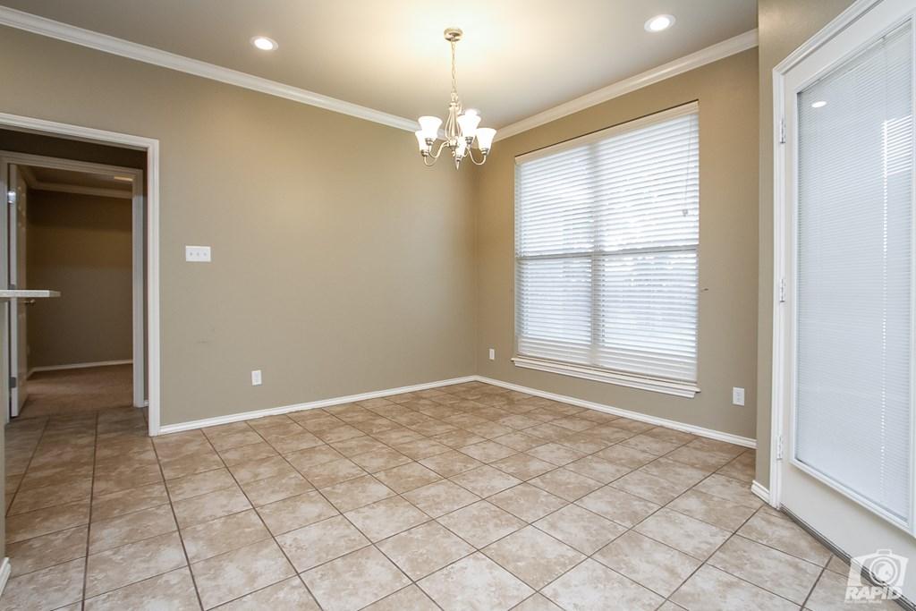 4610 Oak Grove Blvd Property Photo 6