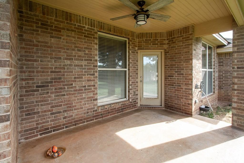 4610 Oak Grove Blvd Property Photo 21