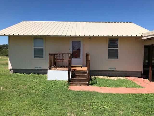 104 S 2nd St Property Photo 1