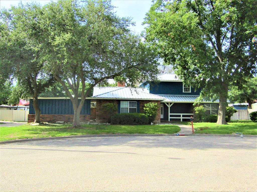 105 Sawyer Court Property Photo 1