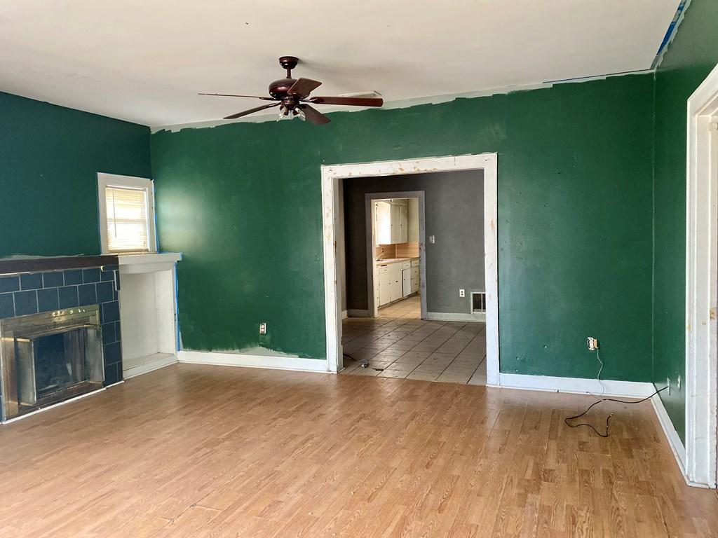 1716 W Harris Ave Property Photo 16