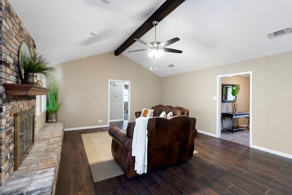 3230 Ridgecrest Lane Property Photo 5