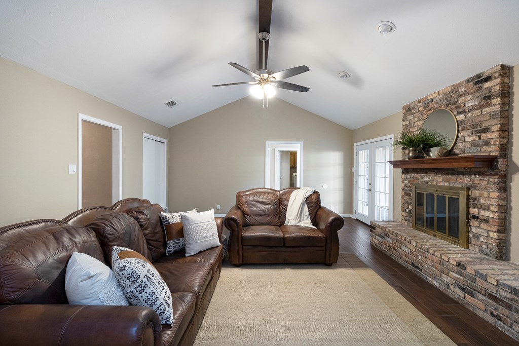 3230 Ridgecrest Lane Property Photo 7
