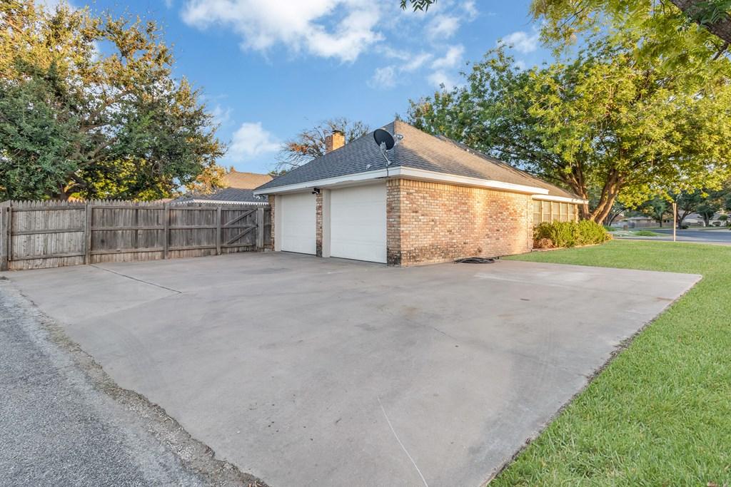3230 Ridgecrest Lane Property Photo 29