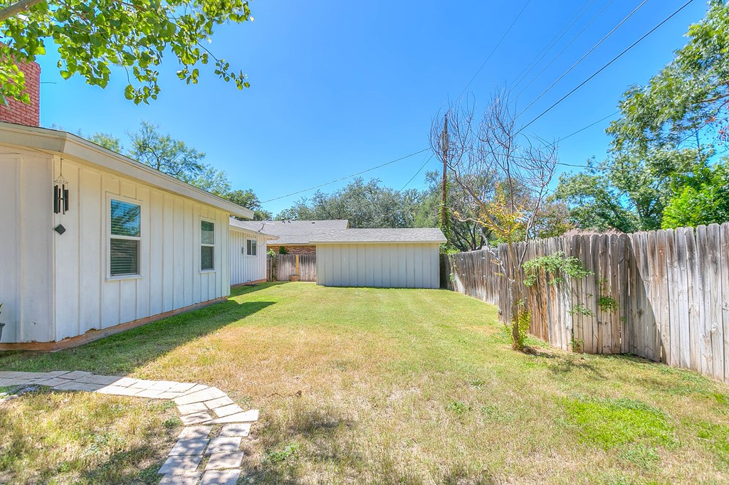 2930 Tanglewood Dr Property Photo 30