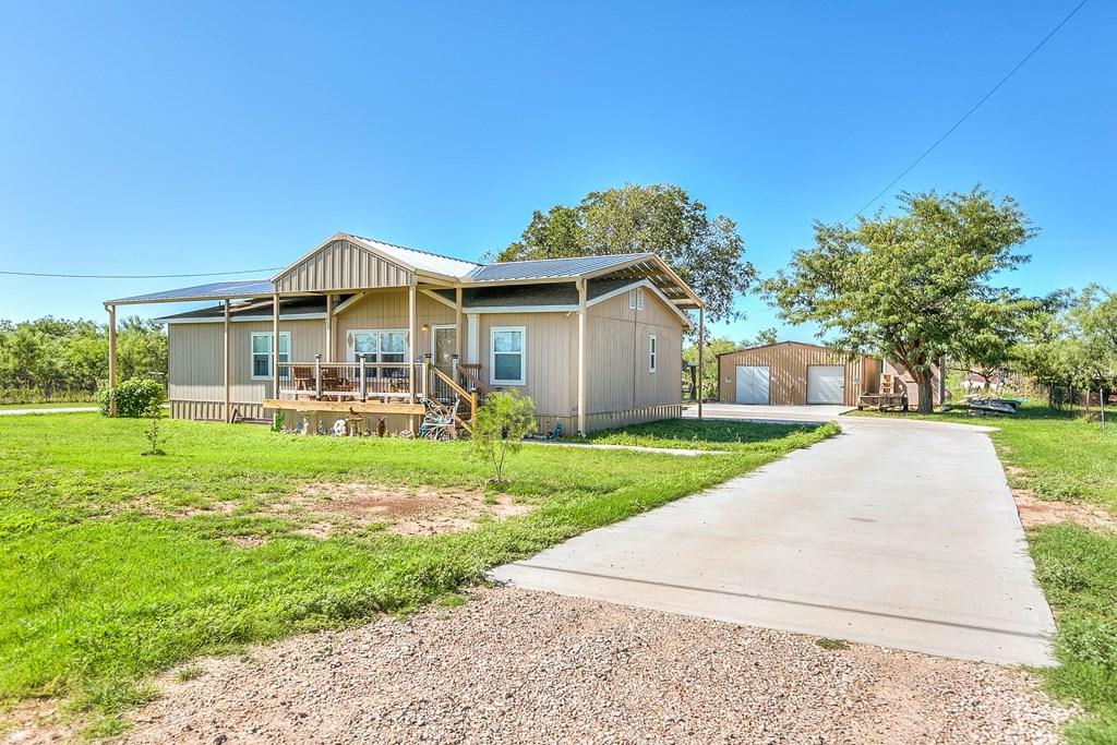 1401 16th St Property Photo 3