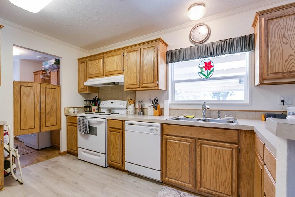 1401 16th St Property Photo 13