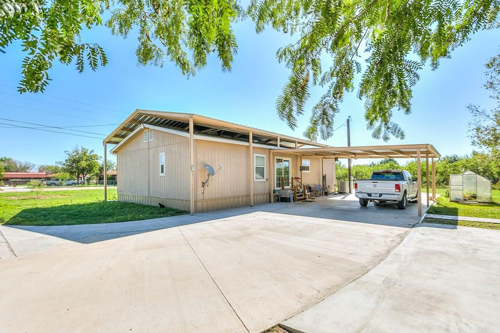 1401 16th St Property Photo 25