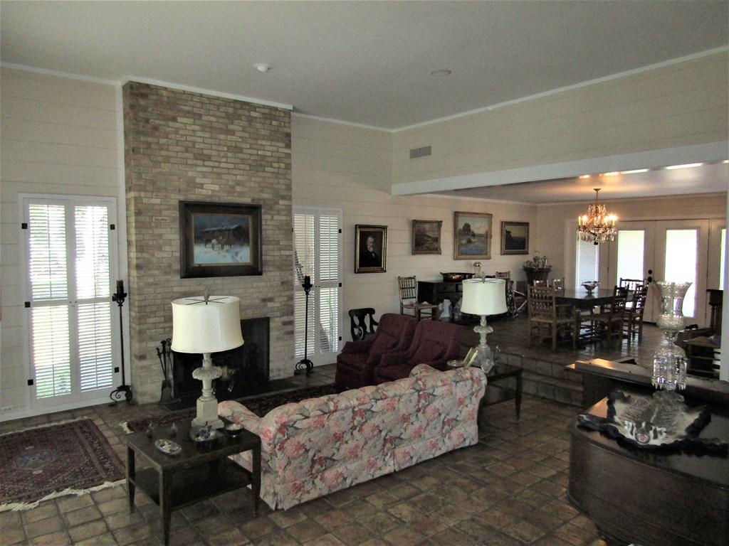 307 Edgemont Rd Property Photo 11